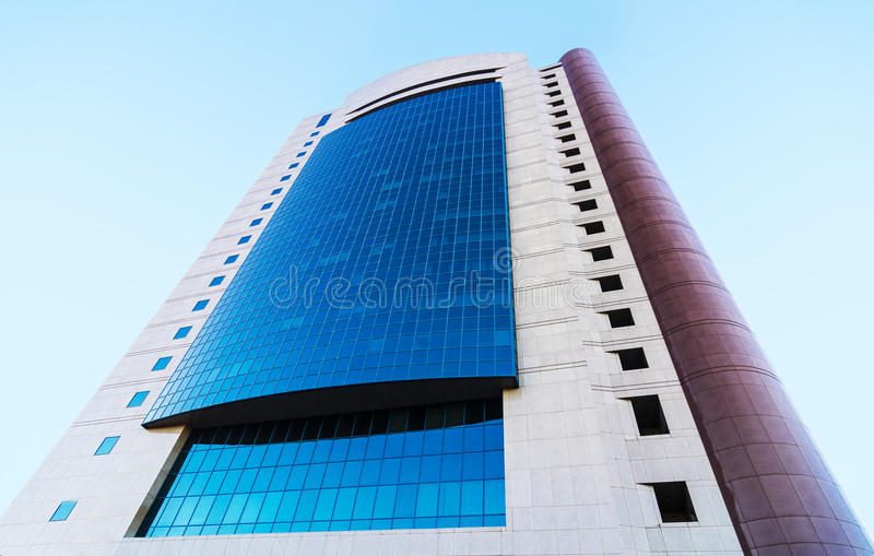 Σύγχρονο κτίριο γραφείων στοκ εικόνα
