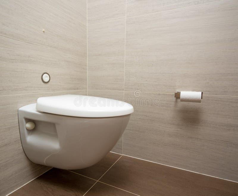 Σύγχρονο τουαλέτα ή WC στην καμπίνα κρουαζιερόπλοιων στοκ εικόνα με δικαίωμα ελεύθερης χρήσης