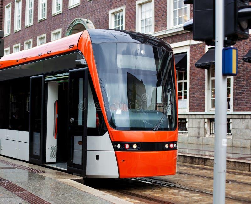 σύγχρονο τραμ στοκ εικόνα με δικαίωμα ελεύθερης χρήσης