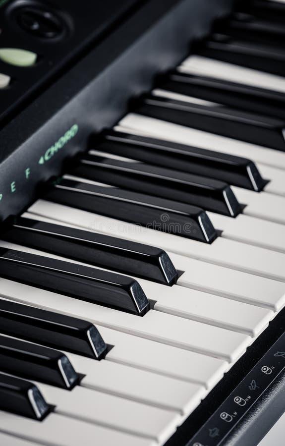 Σύγχρονο ψηφιακό πιάνο στοκ φωτογραφίες με δικαίωμα ελεύθερης χρήσης