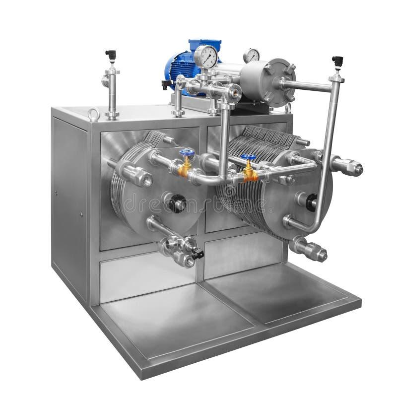 Σύγχρονο buttermaker καρδάρι, μηχανή για την αγροτική παραγωγή του βουτύρου που απομονώνεται στο άσπρο υπόβαθρο στοκ εικόνες