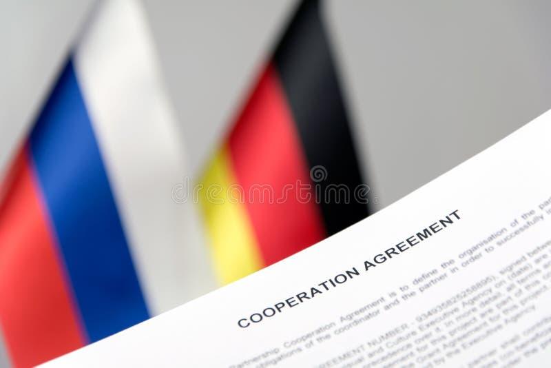 Σύμβαση σημαιών της Ρωσίας Γερμανία στοκ φωτογραφία με δικαίωμα ελεύθερης χρήσης