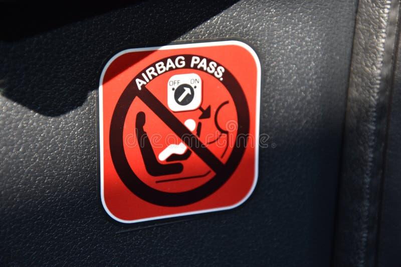 Σύμβολο αερόσακων στο αυτοκίνητο στοκ εικόνες