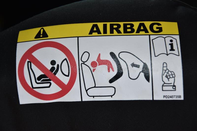 Σύμβολο αερόσακων στο αυτοκίνητο στοκ εικόνα με δικαίωμα ελεύθερης χρήσης