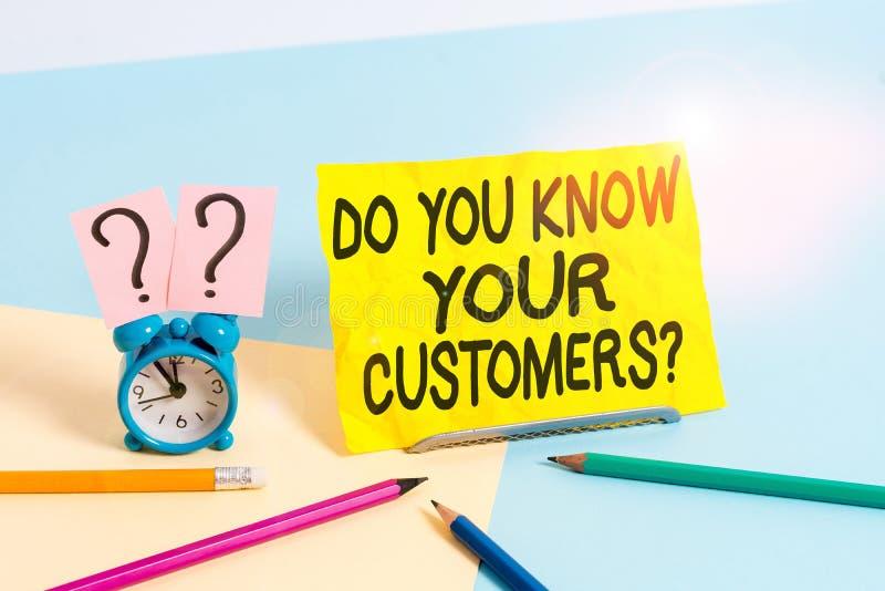 Σύμβολο κειμένου που δείχνει αν γνωρίζετε ότι οι πελάτες σας ρωτούν Εννοιολογική φωτογραφία που ζητά να αναγνωρίσει έναν πελάτη ε στοκ φωτογραφίες