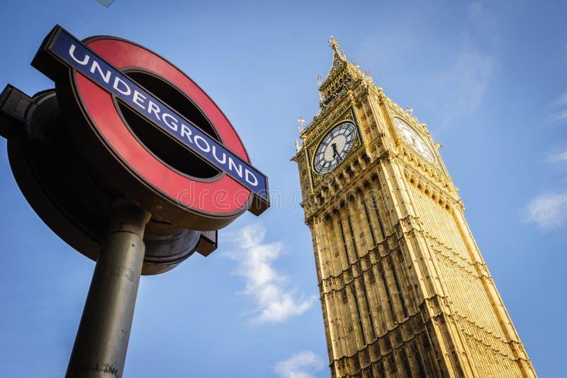 σύμβολο του Λονδίνου β&al στοκ φωτογραφίες