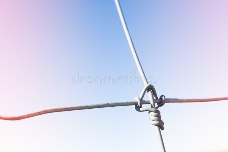 Σύνδεση καλωδίων με στενό επάνω κόμβων στοκ φωτογραφία με δικαίωμα ελεύθερης χρήσης