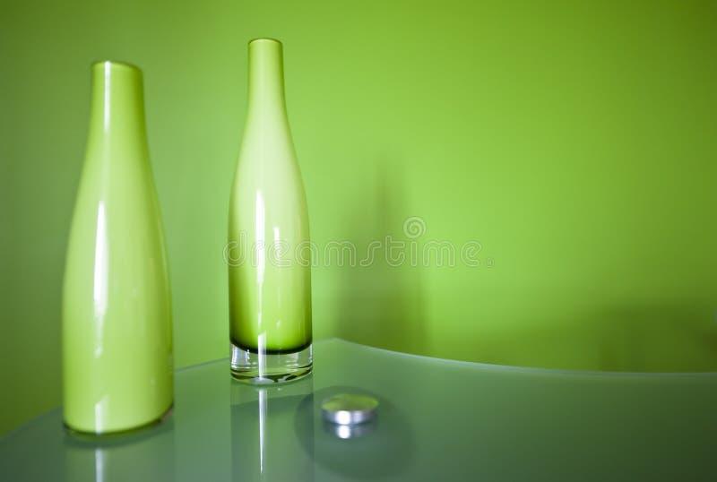 σύνθεση μπουκαλιών πράσιν&e στοκ φωτογραφία με δικαίωμα ελεύθερης χρήσης
