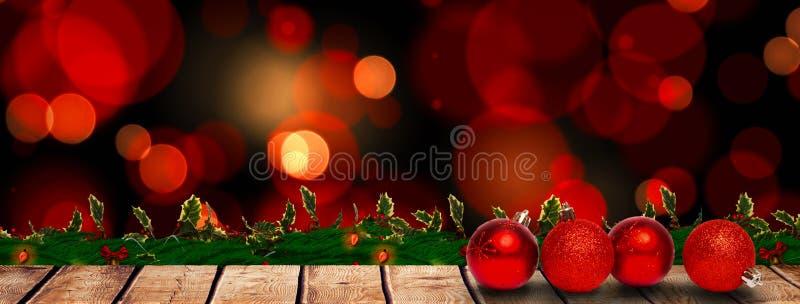 Σύνθετη εικόνα τεσσάρων κόκκινων διακοσμήσεων σφαιρών Χριστουγέννων ελεύθερη απεικόνιση δικαιώματος