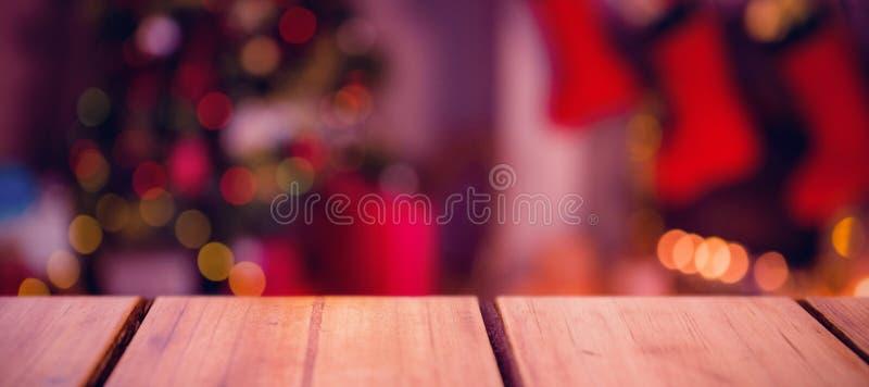 Σύνθετη εικόνα της εστίασης του ξύλινου ραφιού στοκ φωτογραφία με δικαίωμα ελεύθερης χρήσης