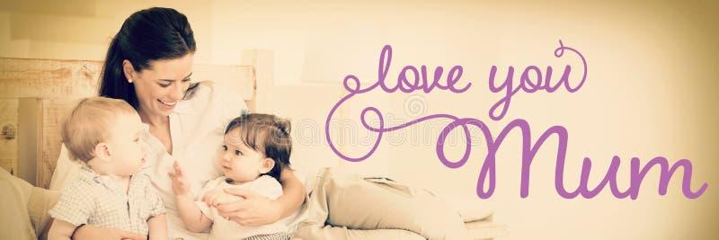 Σύνθετη εικόνα του μηνύματος ημέρας μητέρων στοκ εικόνα με δικαίωμα ελεύθερης χρήσης