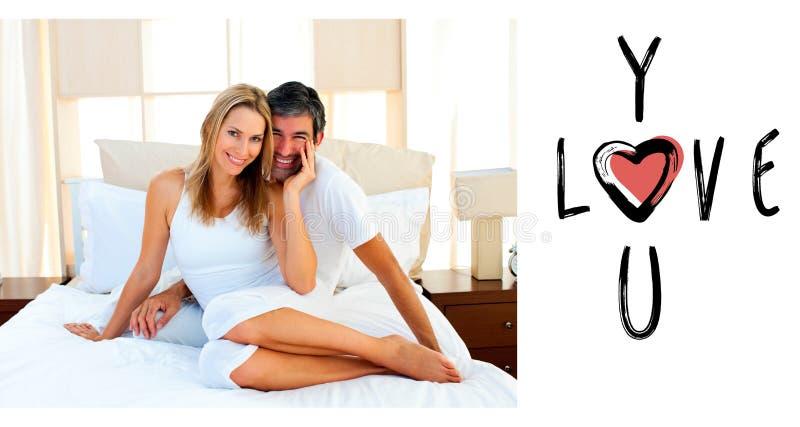 Σύνθετη εικόνα του πορτρέτου των εραστών που κάθονται στο κρεβάτι απεικόνιση αποθεμάτων