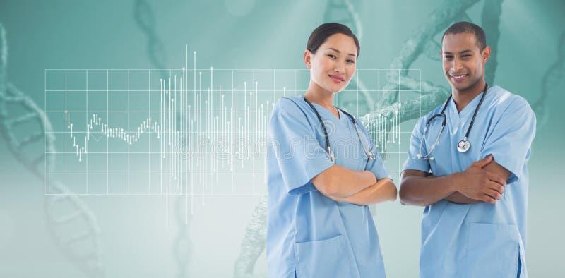 Σύνθετη εικόνα των βέβαιων χειρούργων με τα όπλα που διασχίζονται στο νοσοκομείο στοκ εικόνες με δικαίωμα ελεύθερης χρήσης