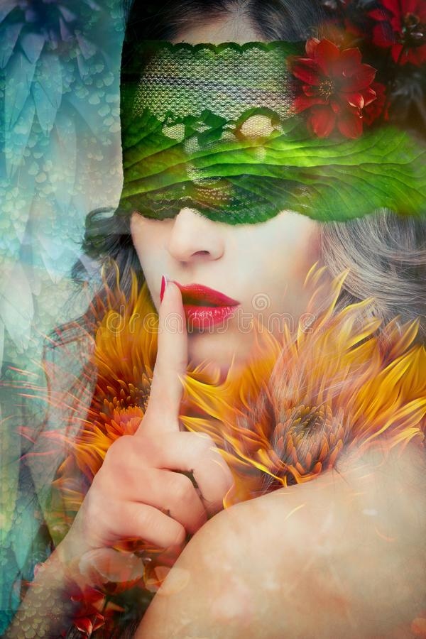 Σύνθετη φωτογραφία χειρονομίας σιωπής γυναικών φαντασίας όμορφη στοκ εικόνα