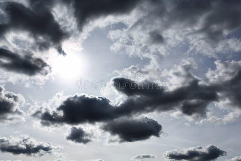 σύννεφα δυσοίωνα στοκ φωτογραφίες με δικαίωμα ελεύθερης χρήσης