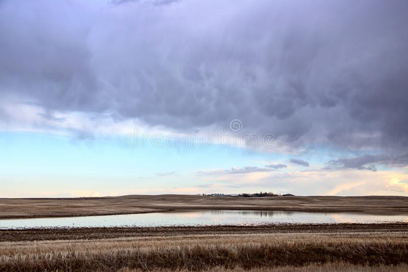 Σύννεφα θύελλας λιβαδιών στοκ εικόνα