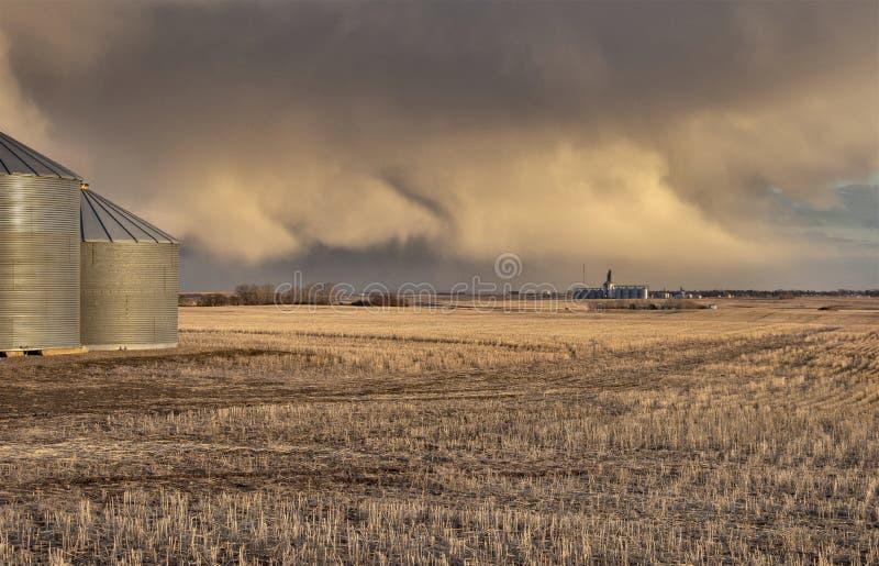 Σύννεφα θύελλας λιβαδιών στοκ φωτογραφίες