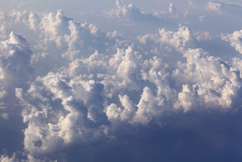 Σύννεφα ουρανού εδάφους στοκ φωτογραφία με δικαίωμα ελεύθερης χρήσης