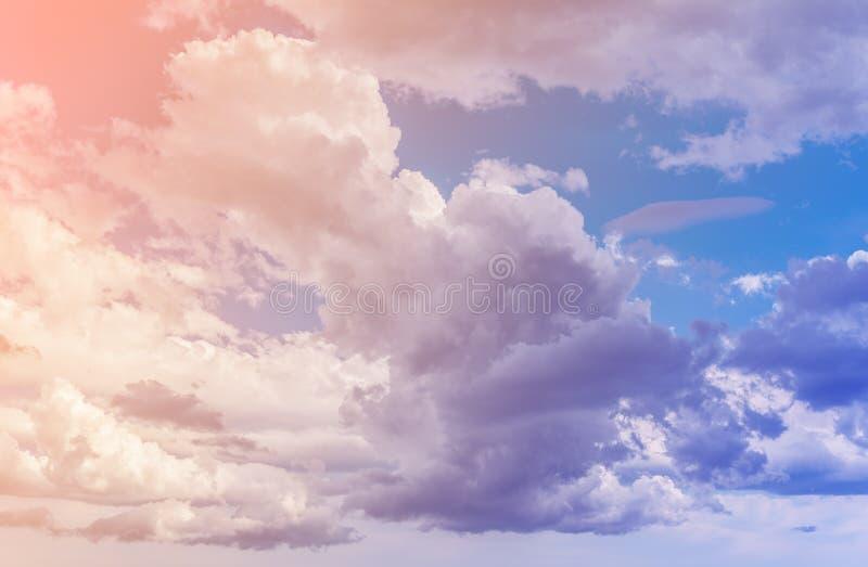 Σύννεφα Τονισμένη χρώμα εικόνα στοκ φωτογραφίες