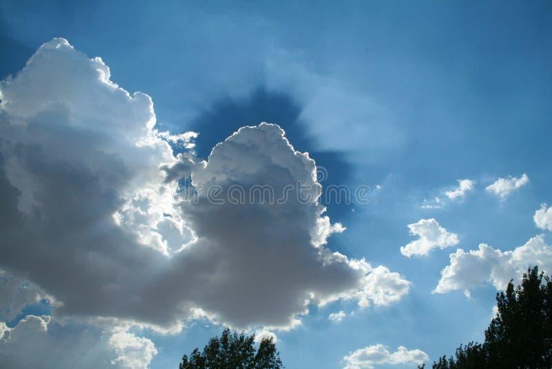 Σύννεφο αντίθεσης στοκ εικόνα με δικαίωμα ελεύθερης χρήσης