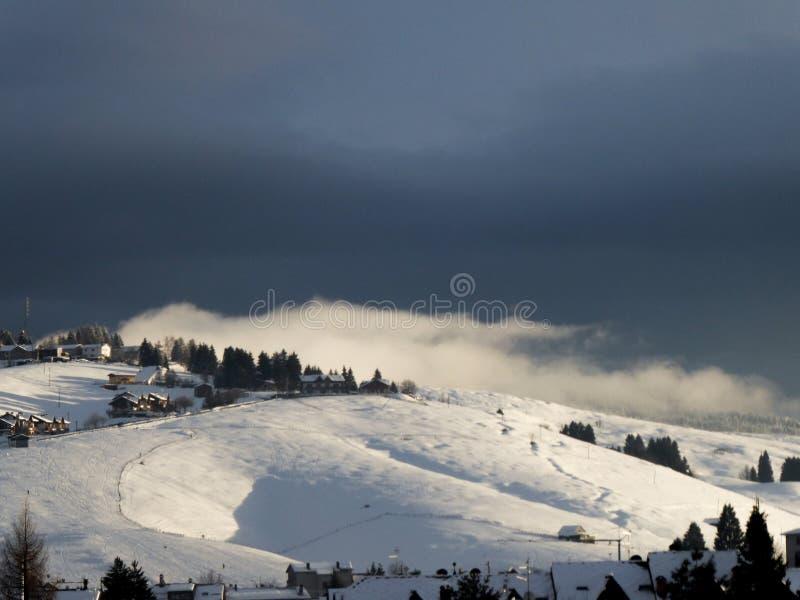Σύννεφο βουνών στοκ εικόνες