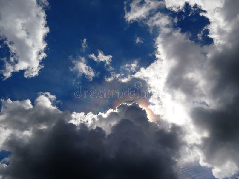 Σύννεφο ουράνιων τόξων στοκ φωτογραφία με δικαίωμα ελεύθερης χρήσης