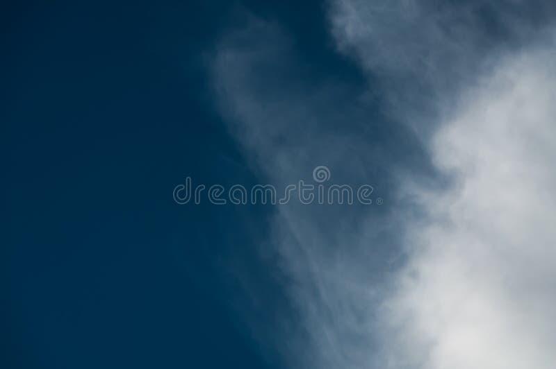 σύννεφο πρίν βρέχει στοκ φωτογραφία