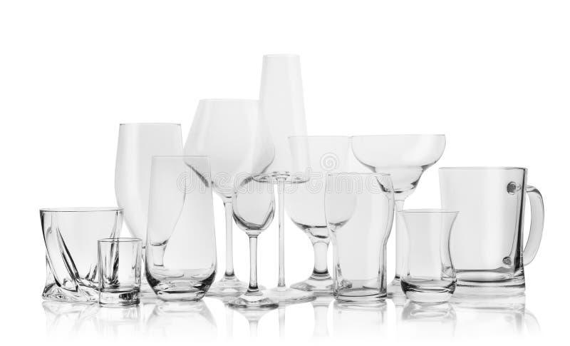 Σύνολο κενών γυαλιών για τα διαφορετικά ποτά στοκ εικόνες με δικαίωμα ελεύθερης χρήσης