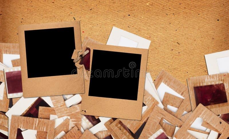 Σύνολο παλαιών εκλεκτής ποιότητας φωτογραφικών διαφανειών, φωτογραφιών και ταινίας στοκ φωτογραφίες με δικαίωμα ελεύθερης χρήσης