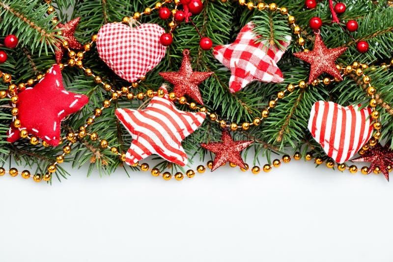 Σύνορα διακοσμήσεων Χριστουγέννων στο άσπρο υπόβαθρο στοκ εικόνες