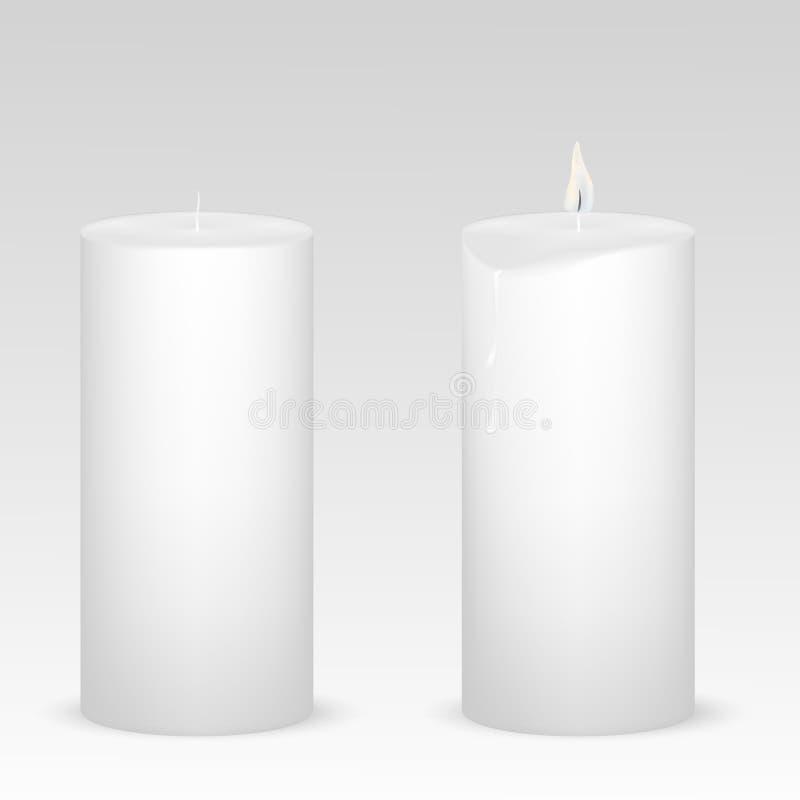 Σύνολο άσπρων κεριών με και χωρίς φλόγα στο απομονωμένο άσπρο υπόβαθρο απεικόνιση αποθεμάτων