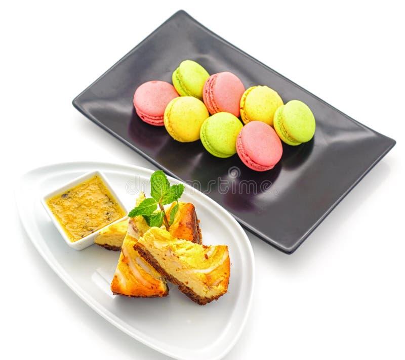 Σύνολο διεθνών πιάτων που τακτοποιούνται για τον τομέα εστιάσεως στοκ εικόνα με δικαίωμα ελεύθερης χρήσης