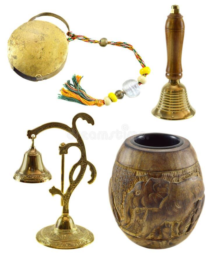 Σύνολο με τα ινδικά τελετουργικά αντικείμενα στοκ φωτογραφία με δικαίωμα ελεύθερης χρήσης