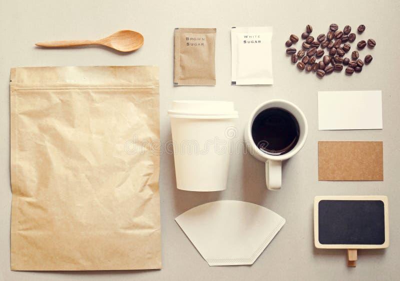 Σύνολο προτύπων μαρκαρίσματος ταυτότητας καφέ στοκ εικόνες με δικαίωμα ελεύθερης χρήσης