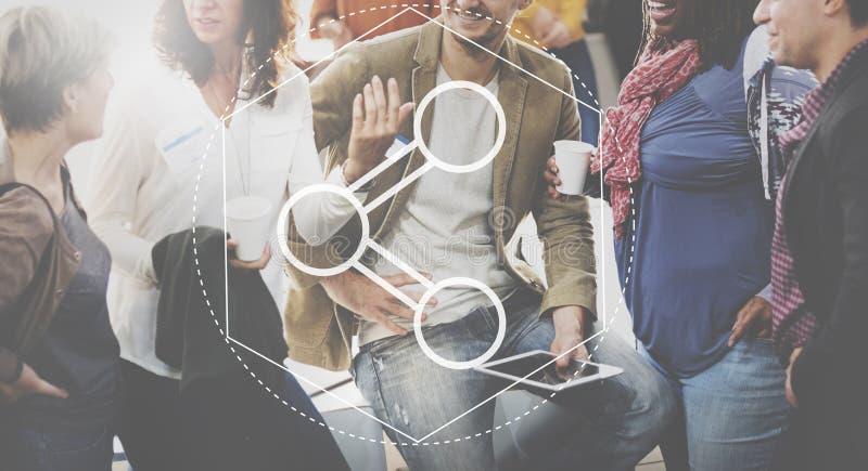 Σύνδεση που μοιράζεται τη γραφική έννοια τεχνολογίας πληροφοριών στοκ φωτογραφία
