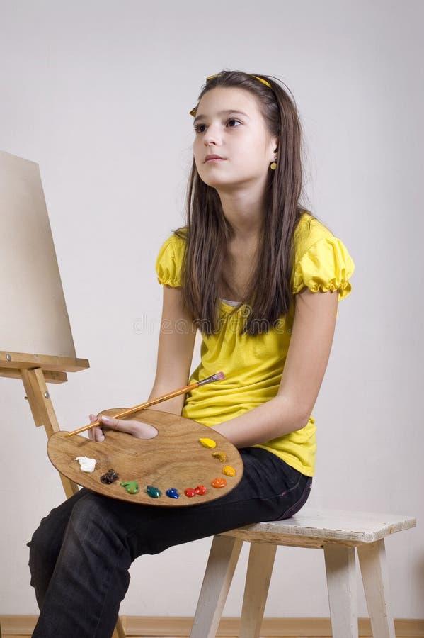 σύρετε το κορίτσι σκέφτε&ta στοκ φωτογραφίες με δικαίωμα ελεύθερης χρήσης