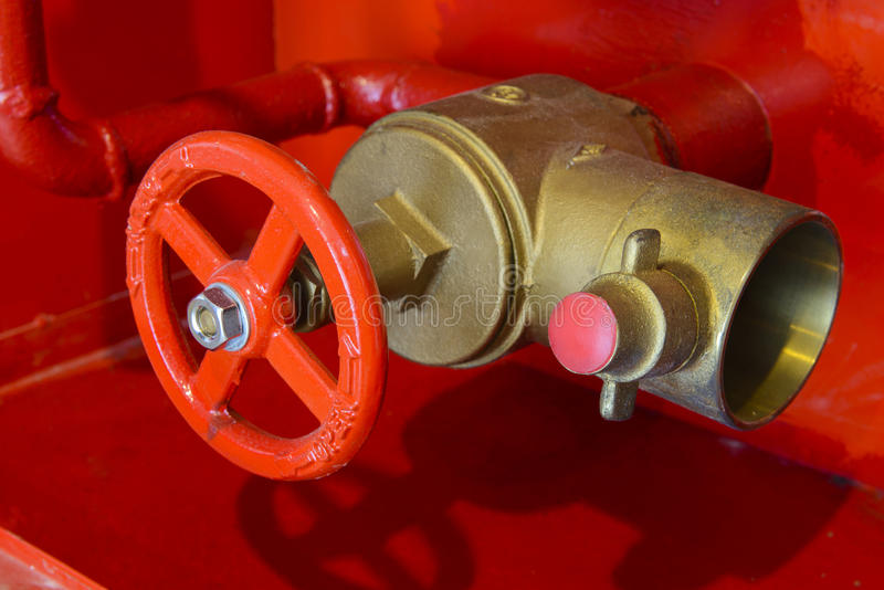 Σύστημα ελέγχου νερού ασφάλειας για την προσβολή του πυρός στοκ εικόνα με δικαίωμα ελεύθερης χρήσης