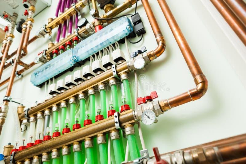 Σύστημα ελέγχου Underfloor θέρμανσης στοκ εικόνα με δικαίωμα ελεύθερης χρήσης