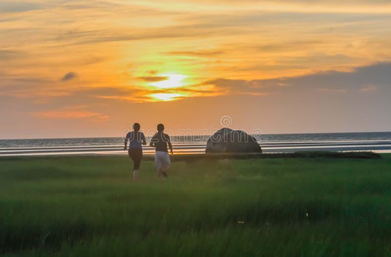 Σύλληψη του ηλιοβασιλέματος στοκ φωτογραφία με δικαίωμα ελεύθερης χρήσης
