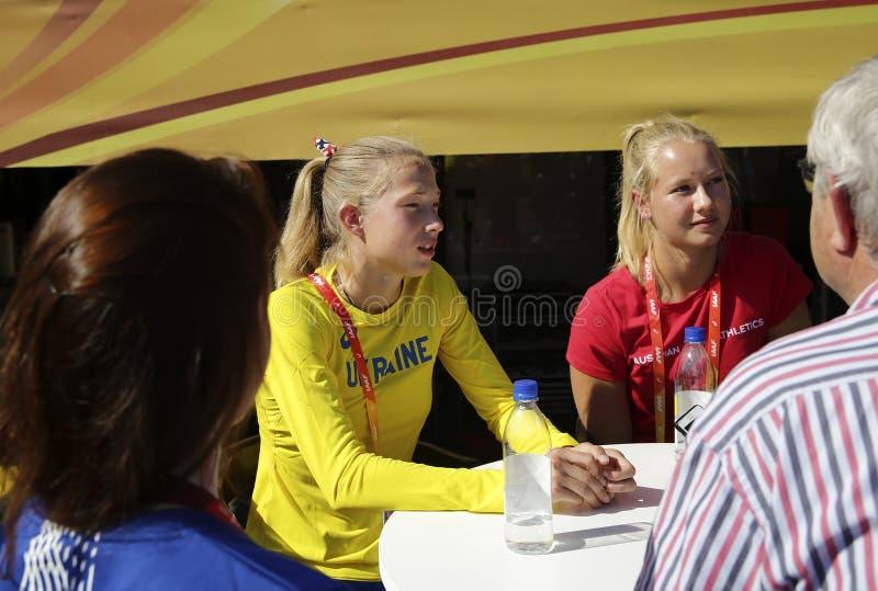 ΤΆΜΠΕΡΕ, ΦΙΝΛΑΝΔΙΑ, στις 12 Ιουλίου: Alina Shukh Ουκρανία στη συνέντευξη τύπου παγκόσμιου U20 πρωταθλήματος IAAF στη Τάμπερε, Φιν στοκ εικόνες με δικαίωμα ελεύθερης χρήσης