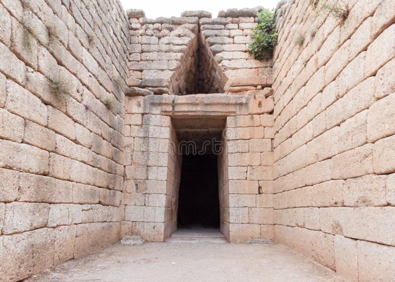 Download Τάφος Agamemnon σε Mycenae στοκ εικόνες. εικόνα από περιοχή - 62710672