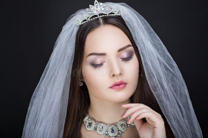 Τέλεια όμορφη νύφη στοκ εικόνα