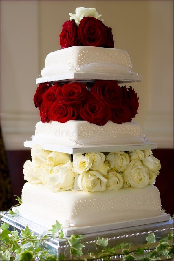 τέλειος γάμος κέικ στοκ φωτογραφία με δικαίωμα ελεύθερης χρήσης
