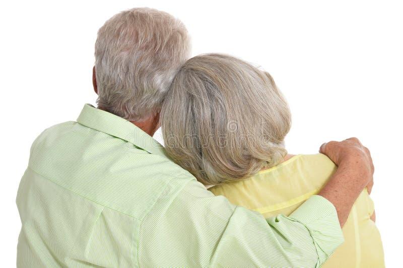 Τέλειο παλαιό ζεύγος σε ένα άσπρο υπόβαθρο στοκ εικόνες