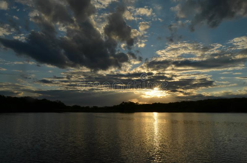 Τέλος της ημέρας στη λίμνη Pierce στοκ φωτογραφίες με δικαίωμα ελεύθερης χρήσης