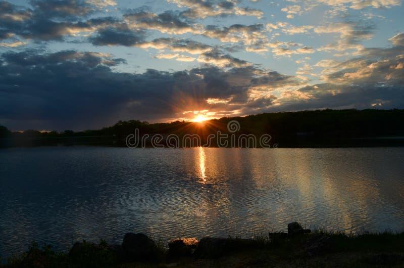Τέλος της ημέρας στη λίμνη Pierce στοκ φωτογραφία με δικαίωμα ελεύθερης χρήσης