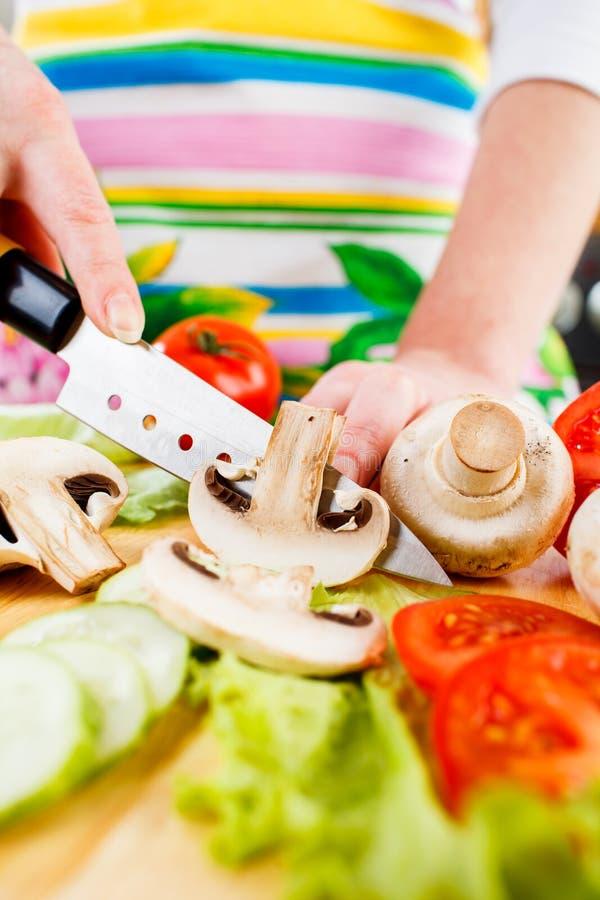 Τέμνον champignon μανιταριών στοκ εικόνα με δικαίωμα ελεύθερης χρήσης
