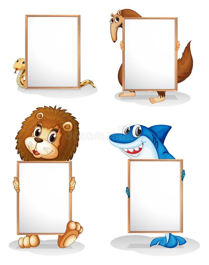 Τέσσερα ζώα με τα κενά whiteboards ελεύθερη απεικόνιση δικαιώματος