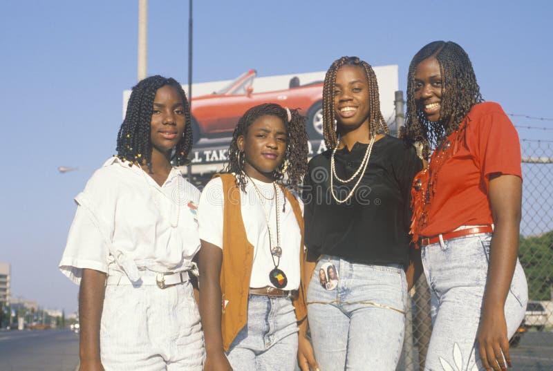 Τέσσερις αφρικανικός-αμερικανικές νέες γυναίκες στοκ εικόνες με δικαίωμα ελεύθερης χρήσης