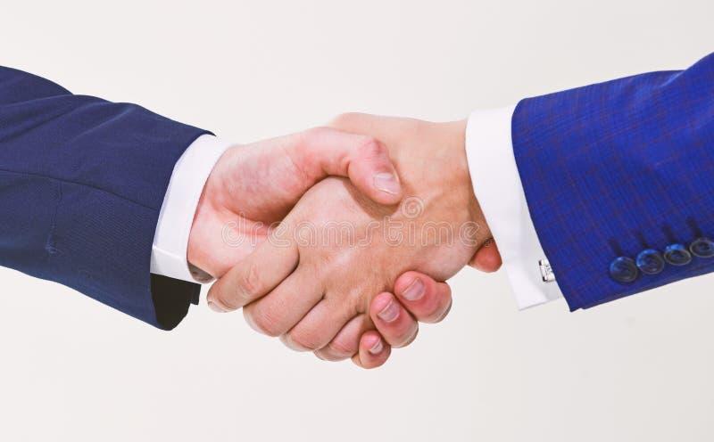 Τίναγμα των χεριών στη συνεδρίαση Φιλική χειρονομία χειραψιών Χειραψία μετά από να υπογράψει την κερδοφόρα συμφωνία Χειρονομία χε στοκ εικόνες
